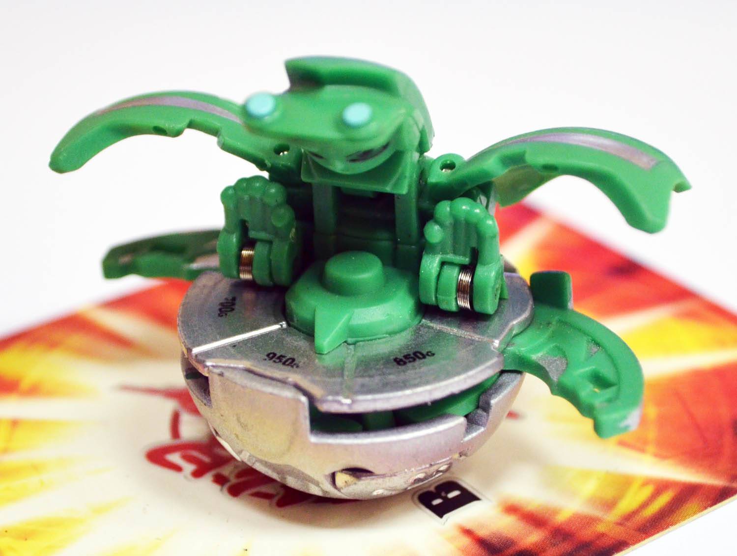 Bakugan Mechtanium Surge Heavy Metal MUTANT ELFIN (750-950G)
