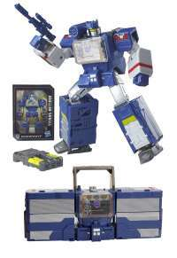 Transformers Generations Titans Return Leader Class Soundwave and Soundblaster